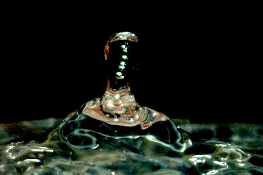 la gitane sort de l'eau