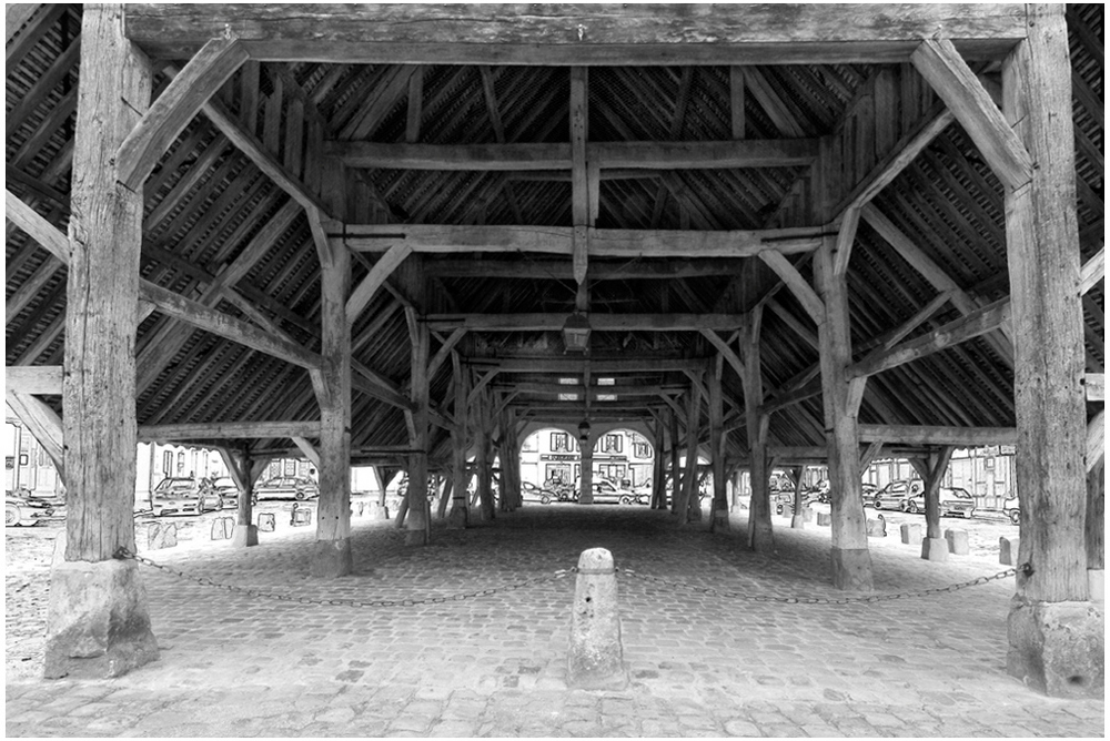 La halle d'Egreville (vers 1500)