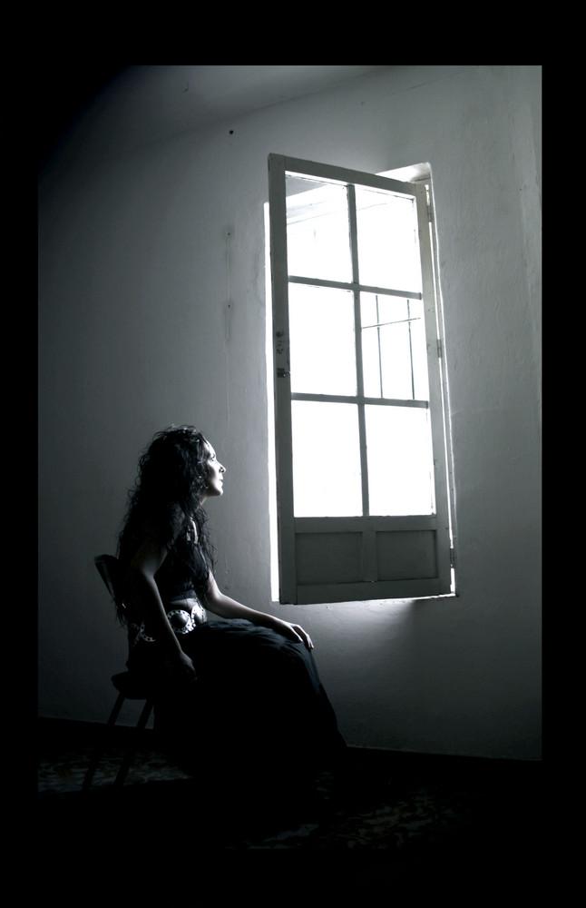 la luz que siempre entra y nunca sale