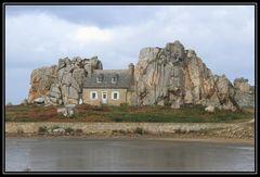 La maison entre deux rochers