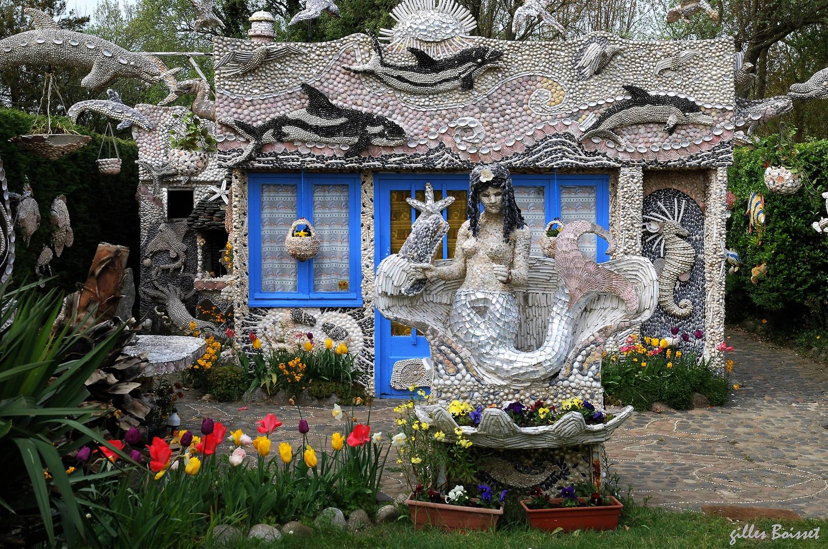 La maison id ale de monsieur cl ment photo et image normandie statues special images - Maison ideale ...