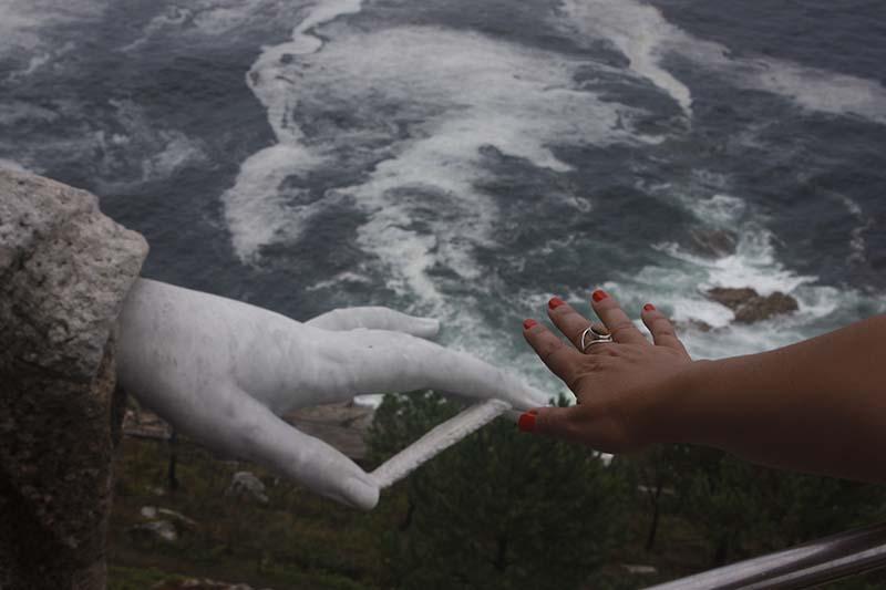la mano de la Virgen