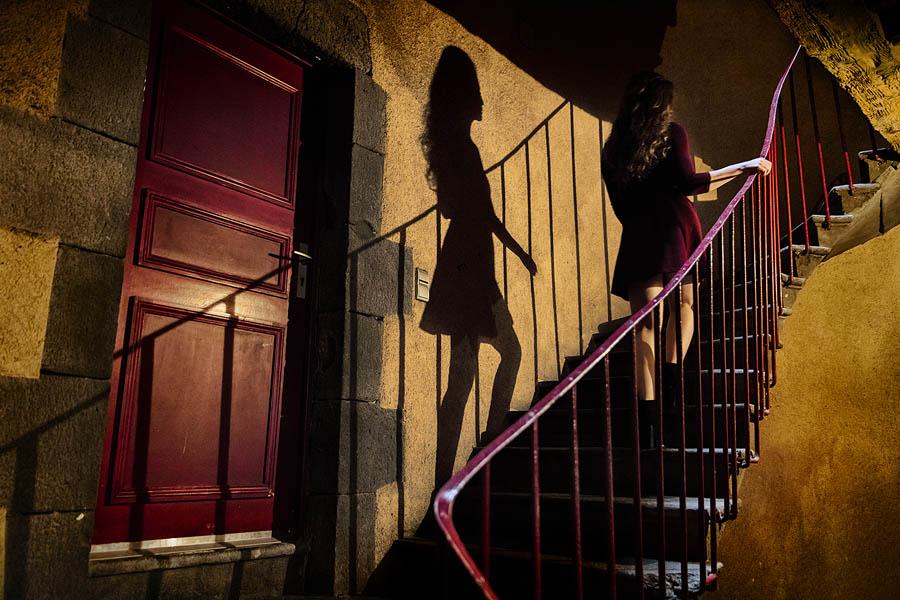 la mont e d 39 escalier photo et image concours libre jury. Black Bedroom Furniture Sets. Home Design Ideas