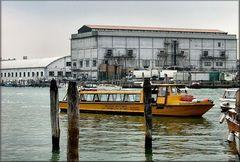 La nave gialla