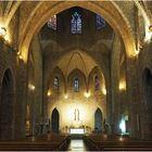 La nef et le chœur de l'Eglise Saint-Pierre  --  Figueras (XIVème, XVIIIème, XIXème).