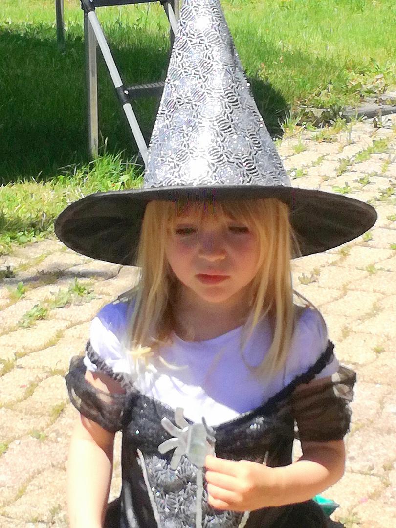 La petite sorcière triste ...