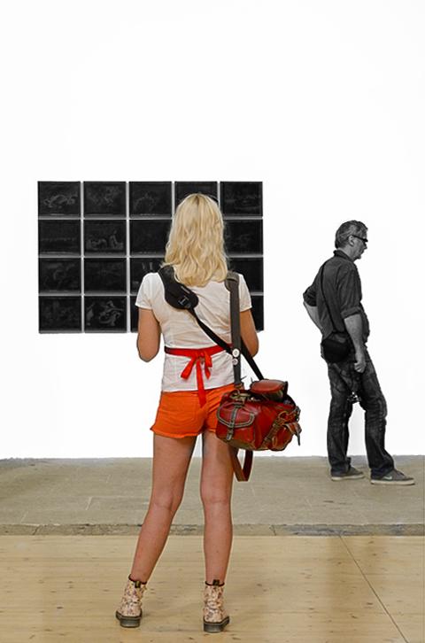 La photographe et le passant