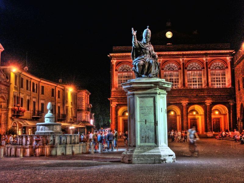 La piazza di Rimini