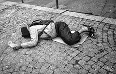 La pobreza, la necesidad...
