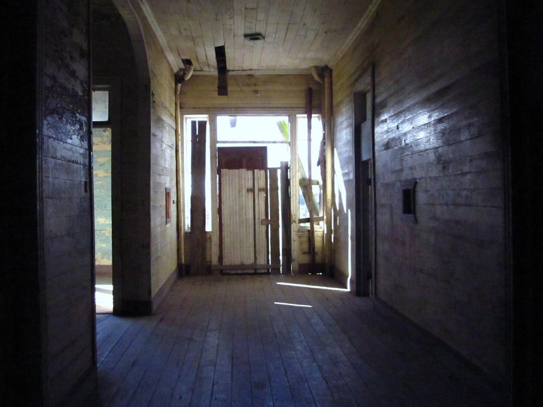 La puerta cerrada