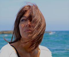 La ragazza che sfidava il vento e il mare...