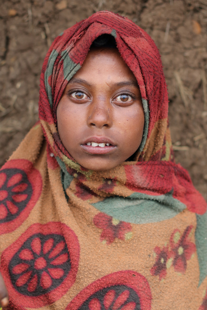 La ragazza etiope