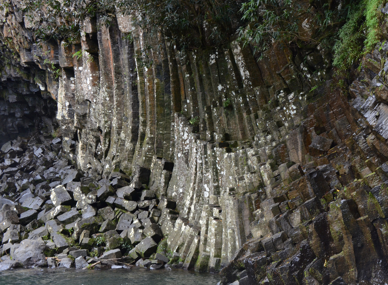 La Reunion : Basaltsäulen am Bassin La Paix