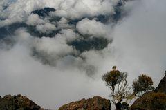 La Réunion nuageuse