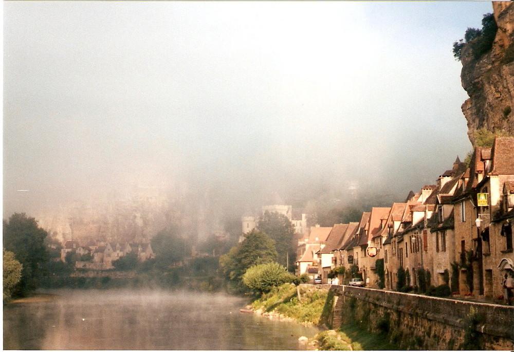 La Roche-Gageac..........Dordogne.