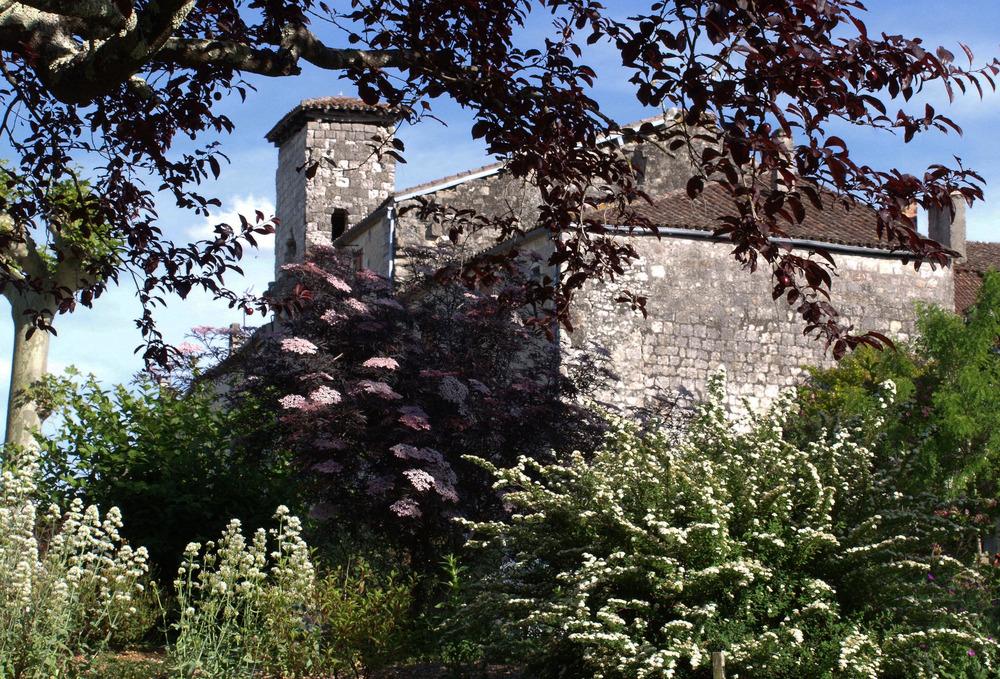 La Romieu - Vue de l'extérieur du village fortifié