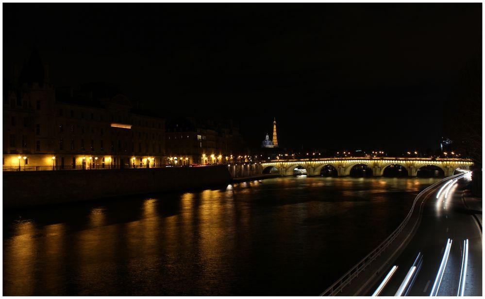La Seine by night