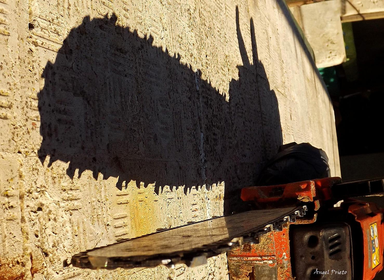 la sombra ( cuidado corto )
