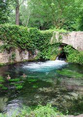 La source de l'Eure, à Uzès, Gard