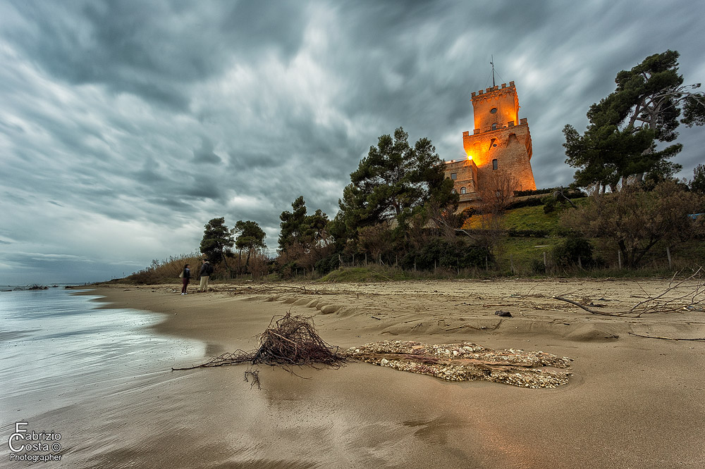 La Torre all'imbrunire