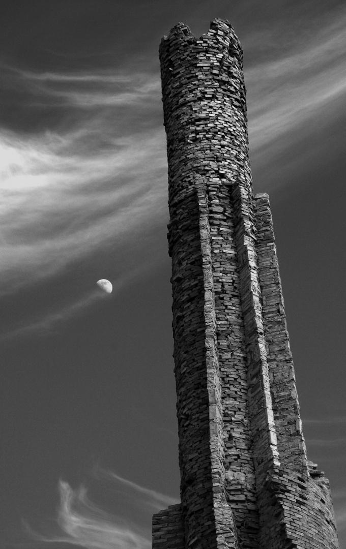 la torre e la luna