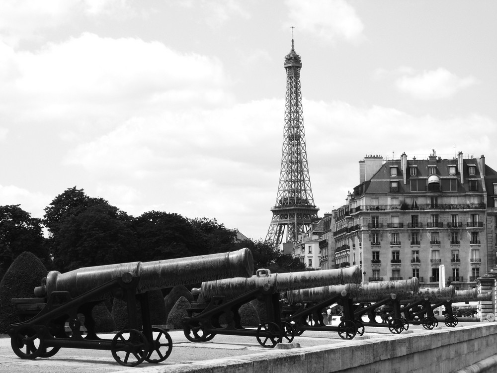 La Torre vista da Les Invalides