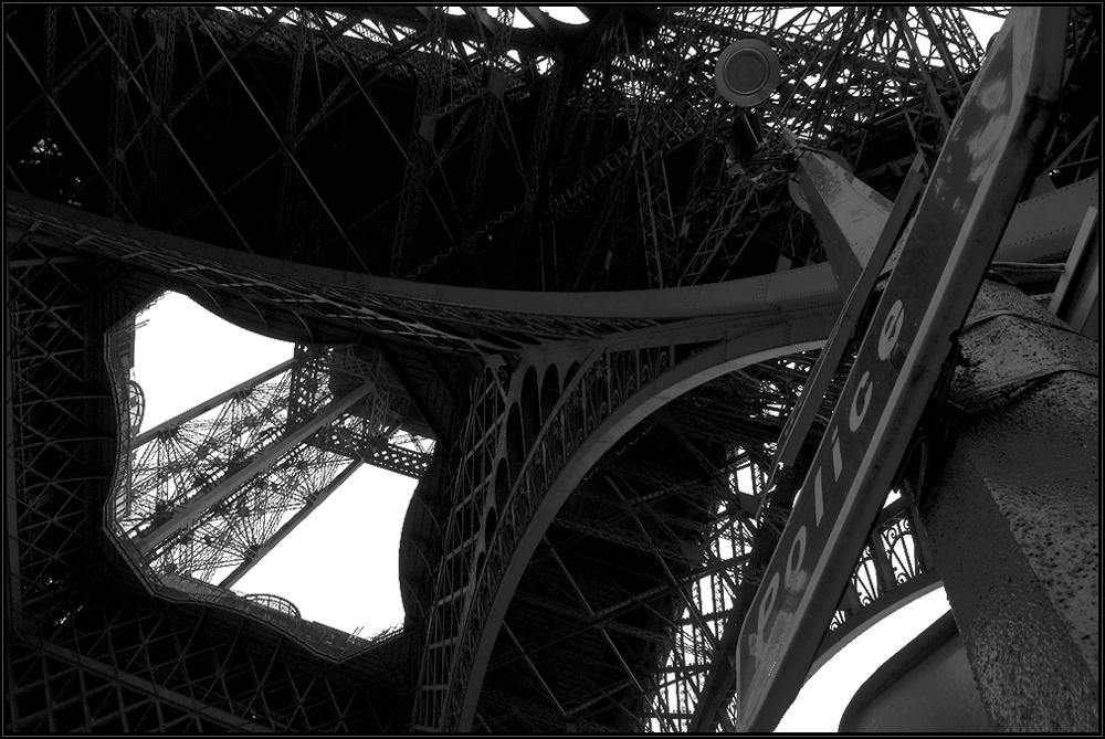 ...la tour eiffel....