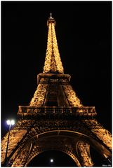 La Tour Eiffel By Night