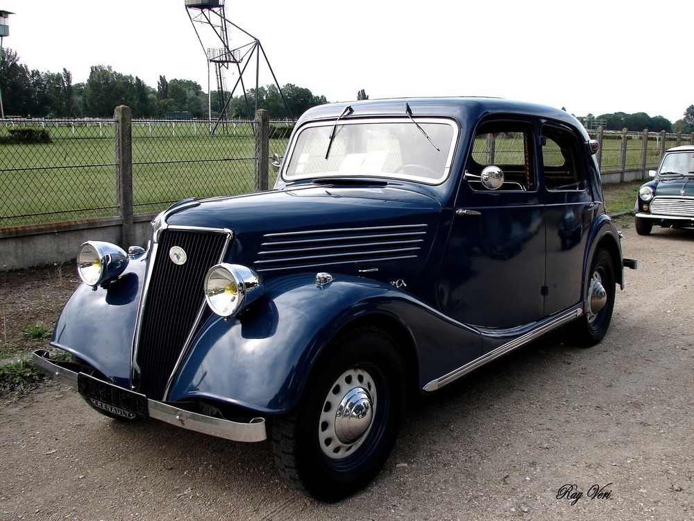 La Vieille Renault Photo Et Image Temps Passe Sujets Nostalgie Automobile Images Fotocommunity