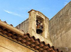 La vielle petite chapelle du village.!