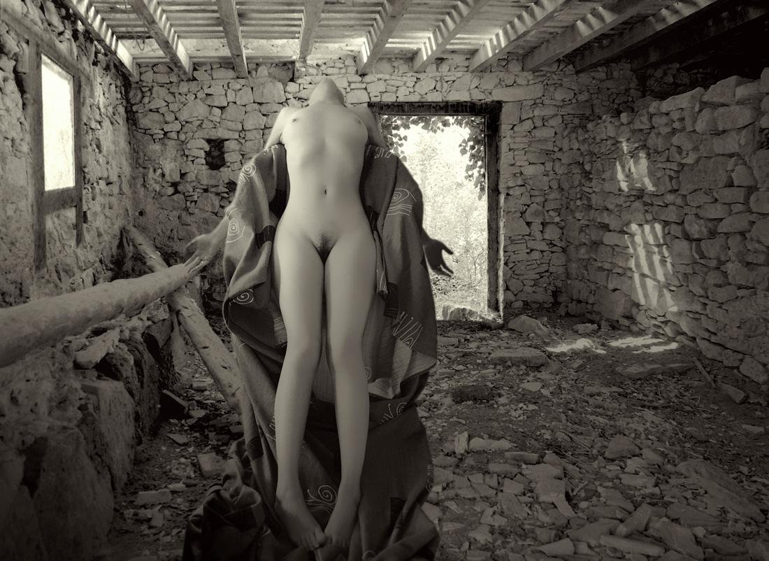 """""""La virgen abandonada"""""""