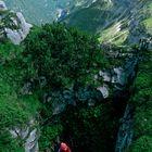 Lacca sulla cresta - (Bergamo)