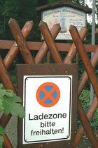 """Ladezone für ... """"... Holz vor der Hütten!"""""""