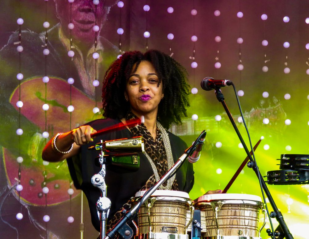 Lady Drums