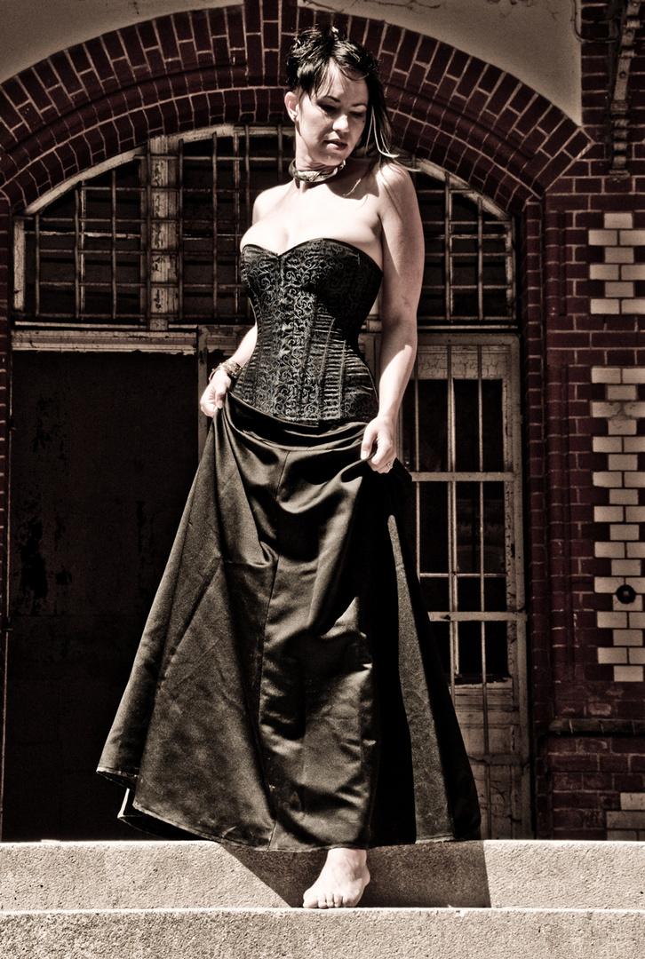 Lady F.