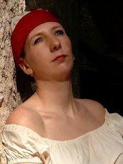 Lady im Seeräuberlook