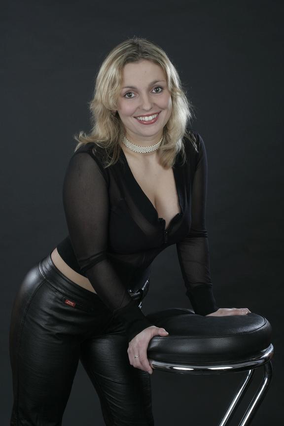 Lady in black Foto & Bild | modelle stellen sich vor
