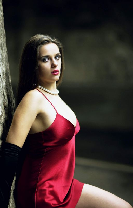 Lady in red... III