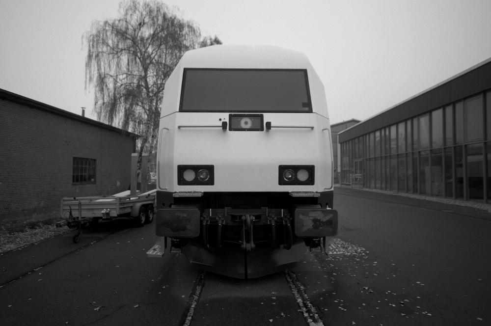 Lady In White (ER 20)