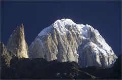 ladyfinger (6000 m) & hunza peak (6270 m)