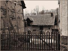 Ländlicher Hinterhof 10
