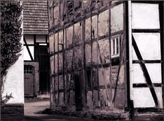 Ländlicher Hinterhof 11