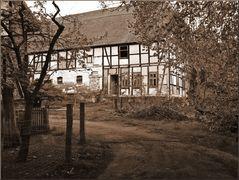 Ländlicher Hinterhof 15