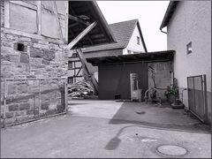 Ländlicher Hinterhof 20