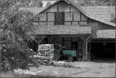 Ländlicher HInterhof 22
