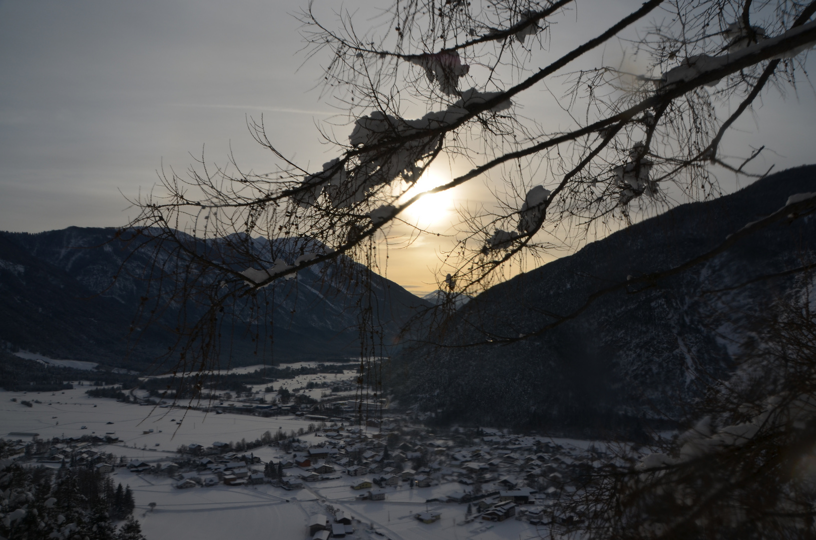 Klettersteig Nassereith : Lärche über nassereith foto & bild landschaft berge