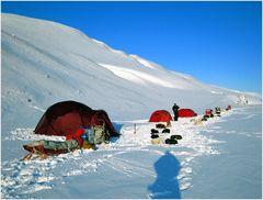 Lager 1 auf 78,3 Grad Nord & Minus 30 Grad Celsius