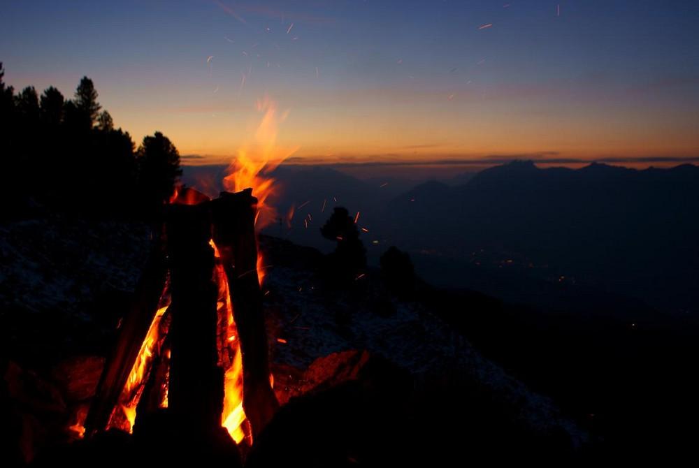 Lagerfeuer auf Largotz