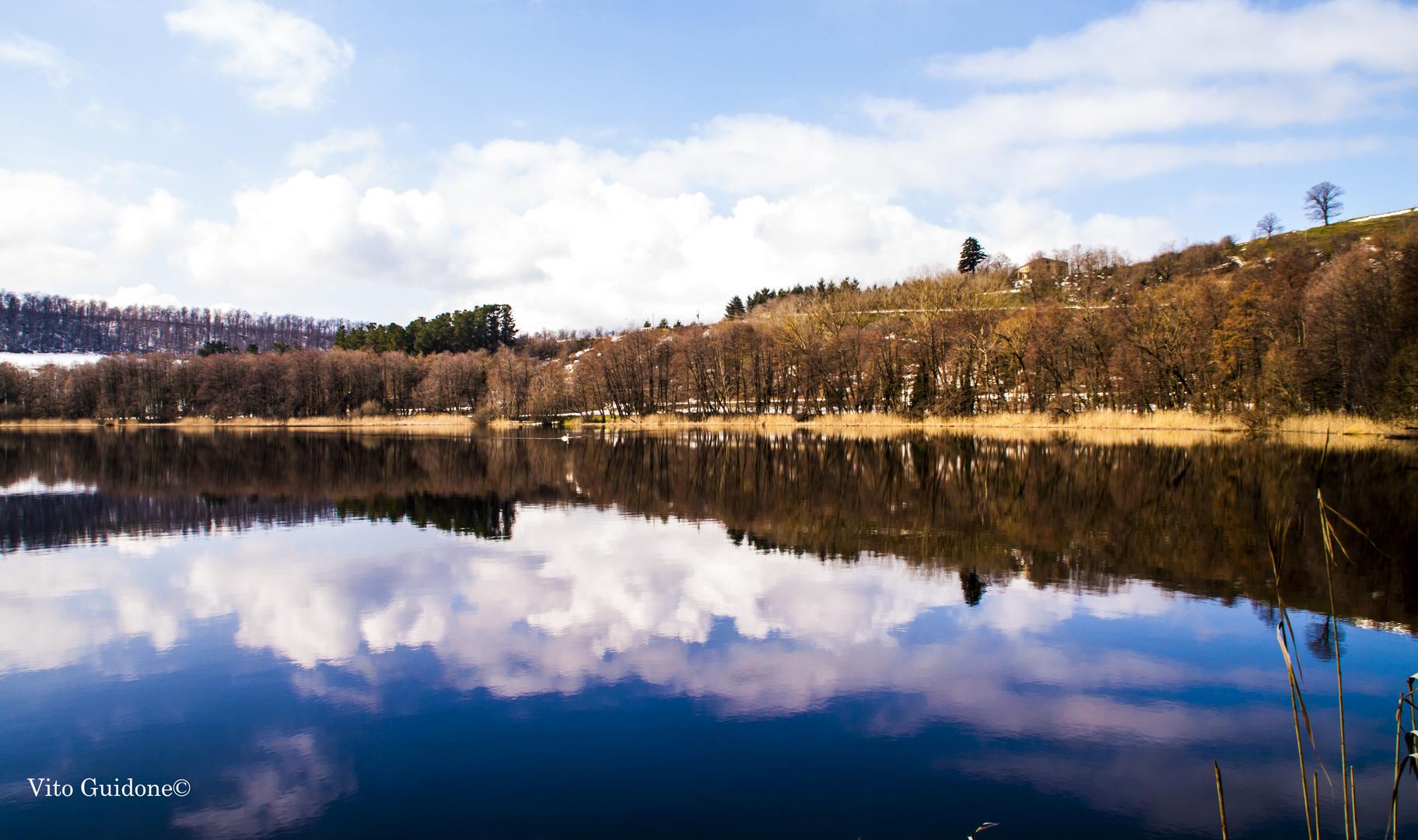 Laghi di monticchio foto immagini paesaggi laghi e for Disegni di laghi
