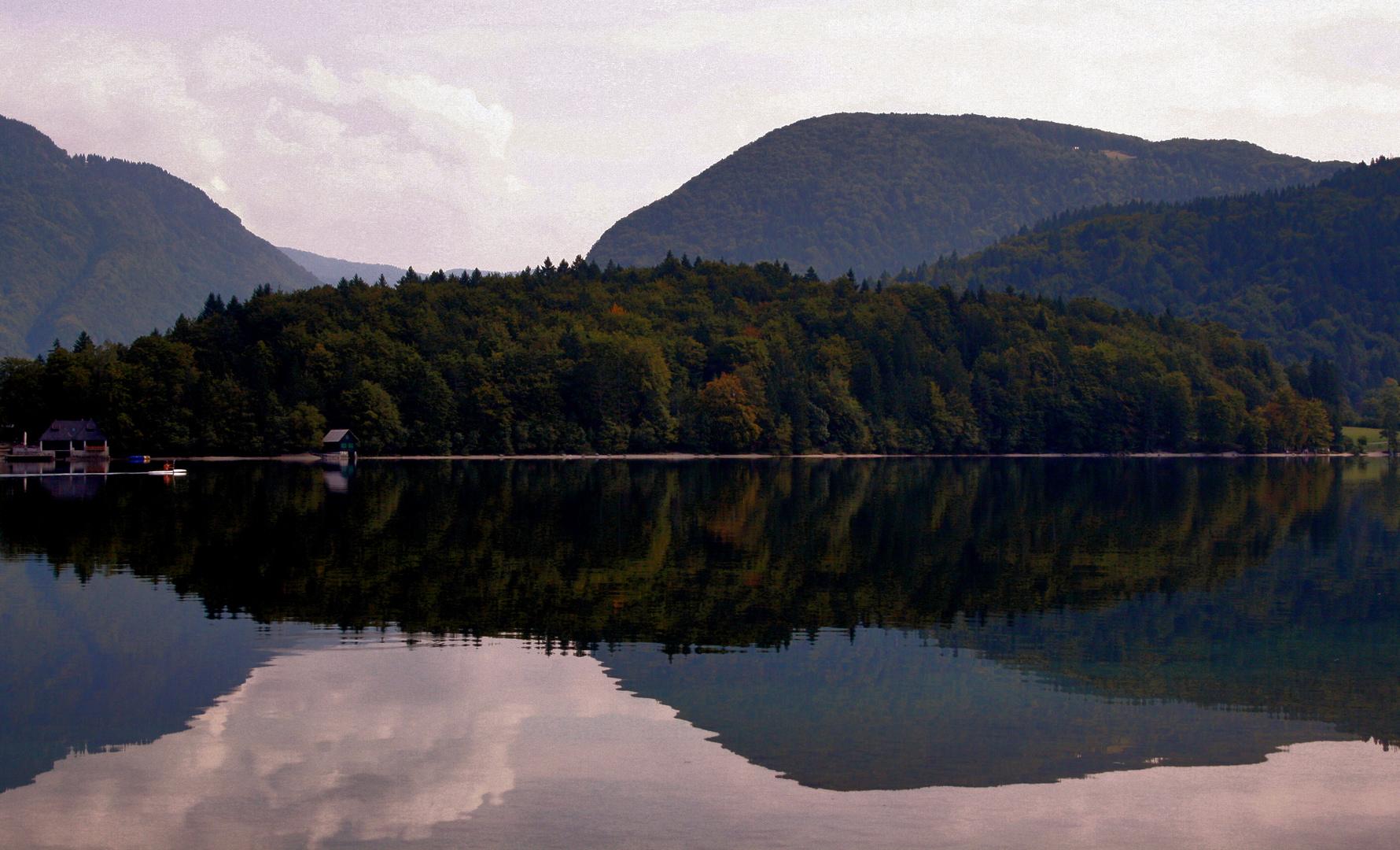 Lago Bohinj (Eslovenia)